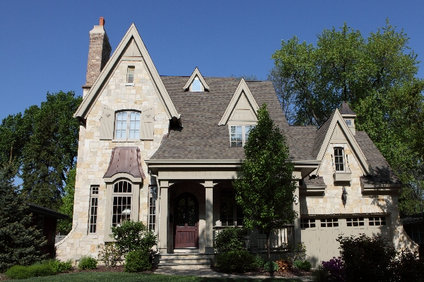 Image of custom built home in Hinsdale IL