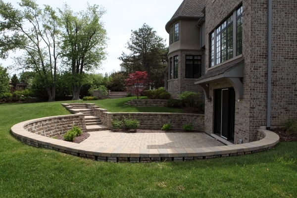 Brick Pavers - Battaglia Homes Hinsdale, IL